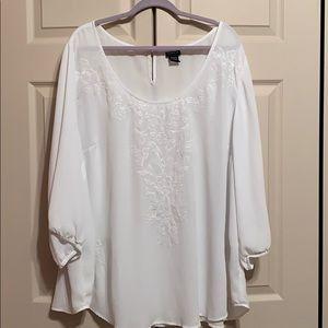 Torrid white chiffon blouse size 4x